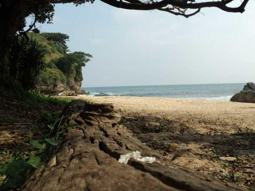 pantai ngitun gunung kidul yogyakarta