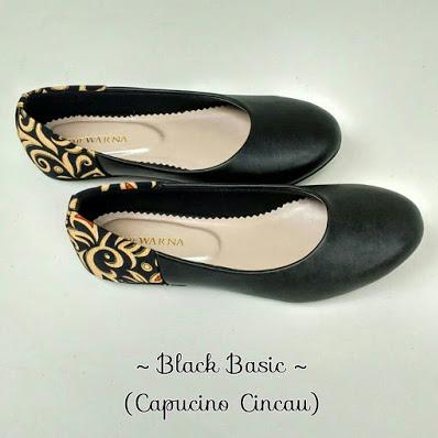 sepatu wanita batik
